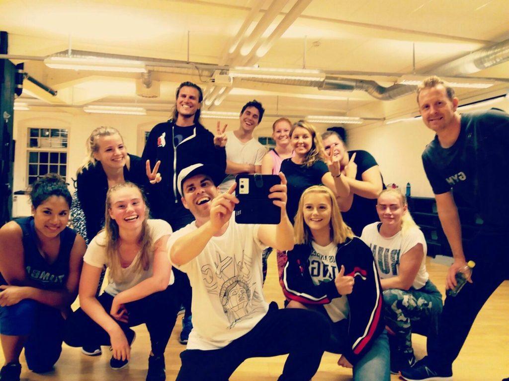 Gruppfoto på en grupp i Valdemarsvik